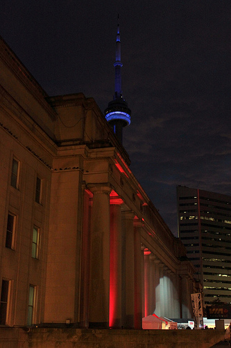 The CN Tower rising behind Union Station, much as we glimpsed it before dawn that morning.